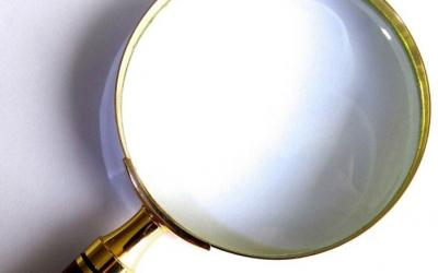 magnifying glass2